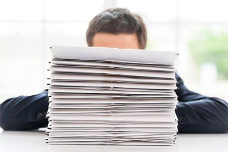 Принимаем на работу иностранца: документы, трудовой договор, бухгалтерия